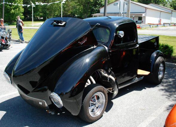 Black Pickup cropped & smaller.jpg